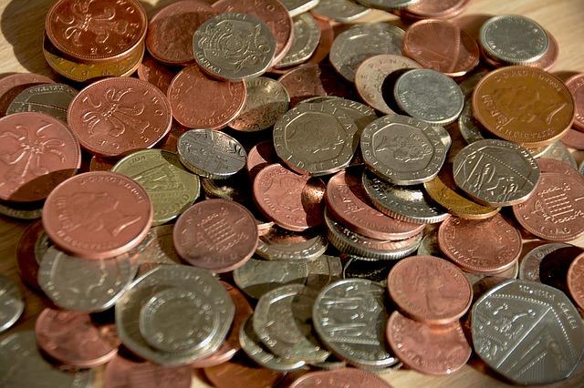 drobné mince, pence, peníze